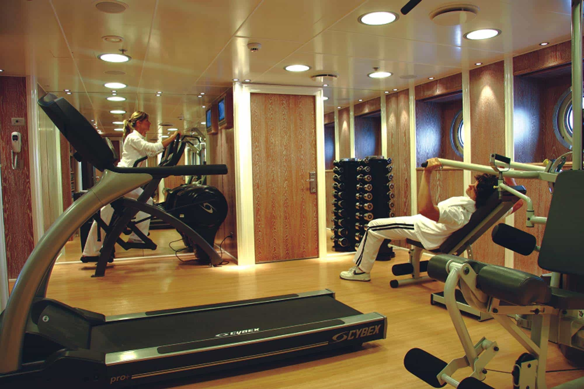 Rm Elegant Premium Luxury Yacht Charter